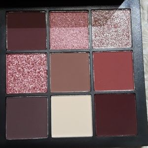 HUDA BEAUTY Makeup - Huda Beauty Mauve Obsessions Pallette